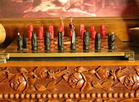 """""""Game of thrones"""" Chess pieces hand made from wax - Χειροποίητα πιόνια σκακιού από κερί"""