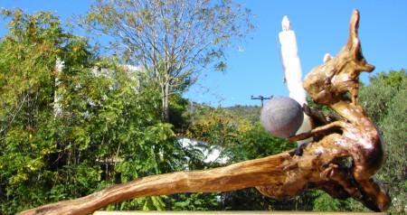 """ Expulsam eruerent "" Driftwood and various natural materials - Αλίκτυπο ξύλο & διάφορα φυσικά υλικά 58 x 30 cm."
