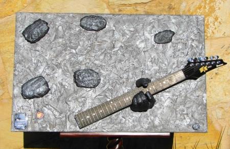 """ Long Live Rock 'n Roll "" Mixed materials on wood, hand sculpted - Μικτά υλικά σε ξύλο, σκαλισμένα στο χέρι 80 x 50 cm."